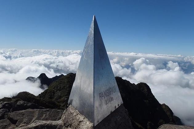 fansipan mountain in sapa
