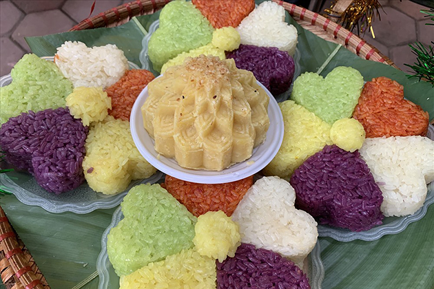 five color sticky rice hoang su phi vietnam
