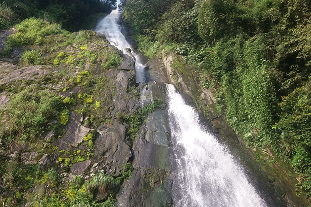 silver waterfall in tam dao