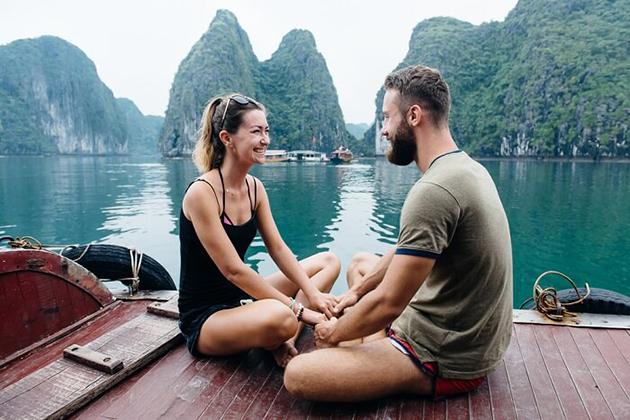 halong bay honeymoon package