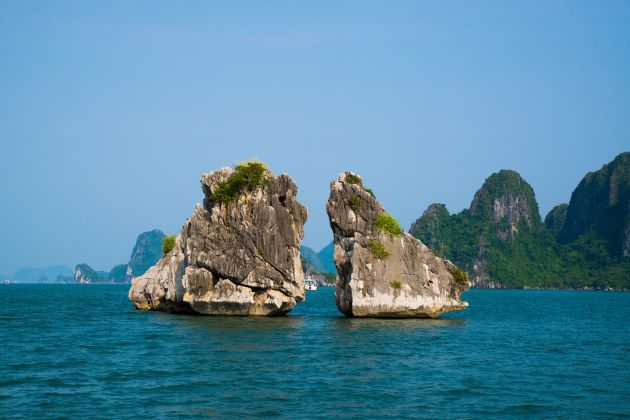halong bay small limestone mountain