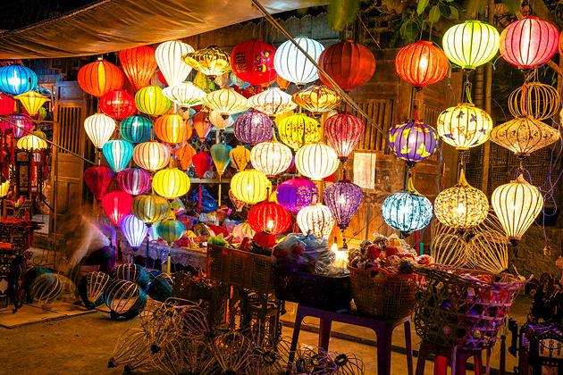 632b69a8ee9 silver lantern shop in hoi an vietnam vacation