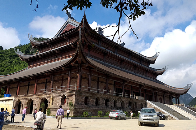 tam chuc pagoda architecture