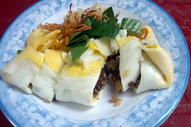 steam egg rolls ha giang day tours