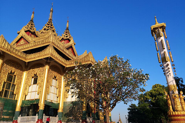 Kyauk Taw Gyi Pagoda in yangon, myanmar