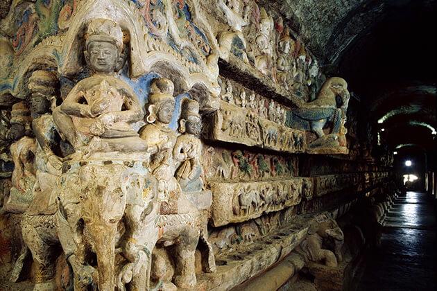 Shit-Thaung Temple