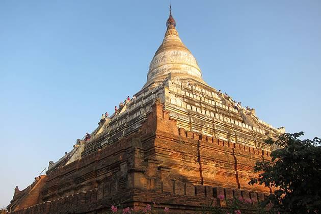 Shwesandaw pagoda burma vacations