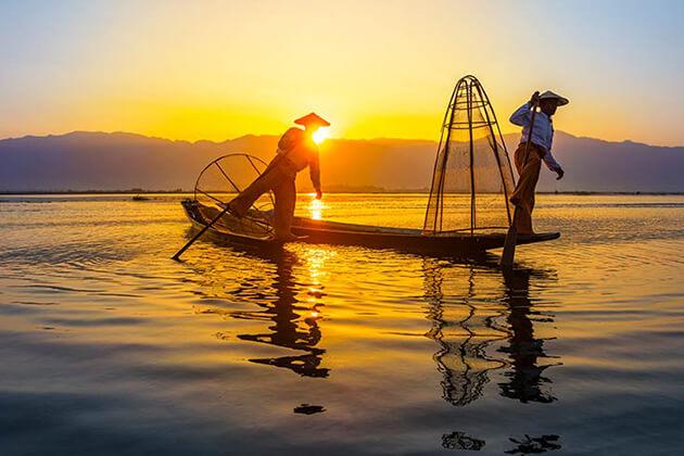 fishermen in inle lake