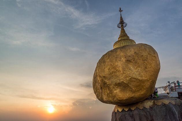 Golden Rock at kyaiktiyo pagoda