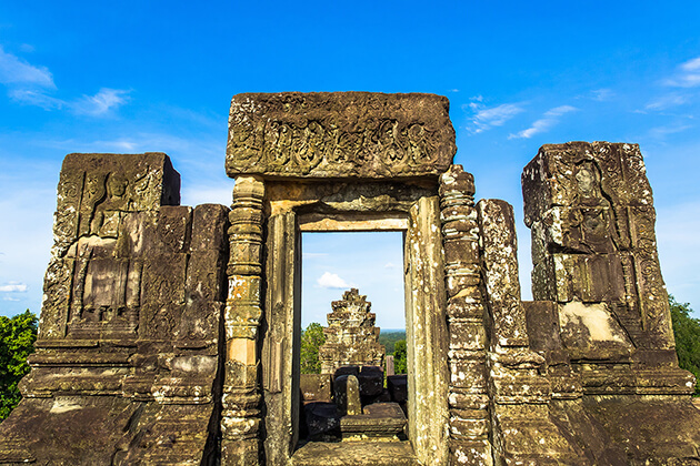 bakbeng hill siem reap cambodia
