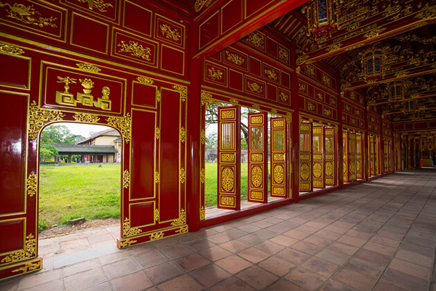 doors at hue imperial city