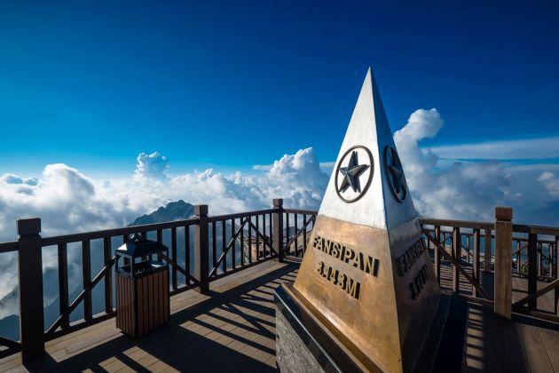 fansipan peak at 3143m