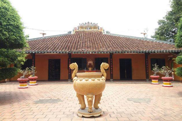 giac lam pagoda saigon