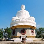 giant buddha statue at long son pagoda