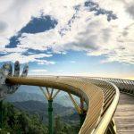 golden bridge in ba na hills danang