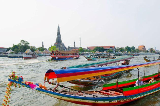 long tail boat at Chao Phraya River