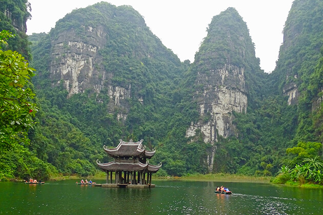 trang an landscape complex in ninh