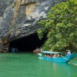 boat trip into phong nha cave