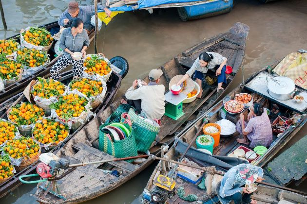 floating market in mekong delta vietnam