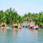 sit on basket boat in hoi an