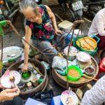 street food in dong ba market