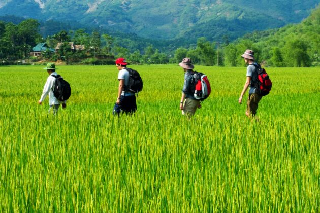 vietnam adventure holiday packages in mai chau will make your vacation memorable