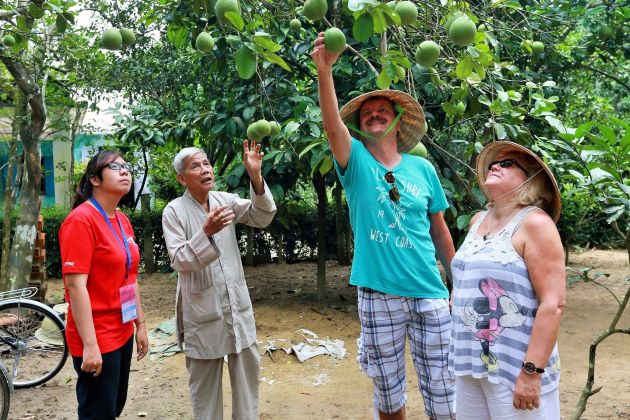 contact with local people at thuy bieu village