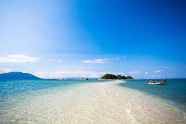 dreaming beach in nha trang
