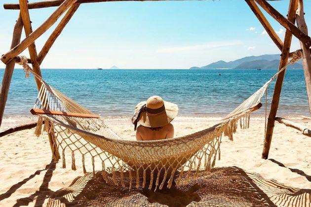 enjoy danang beach on vietnam beach vacation packages