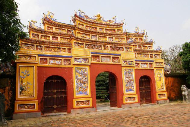 entrance gate at hue forbidden city