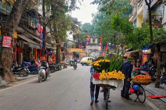 hanoi old quarter the essence of hanoi