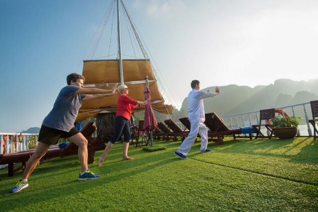 tai chi lesson with master at emperor cruise