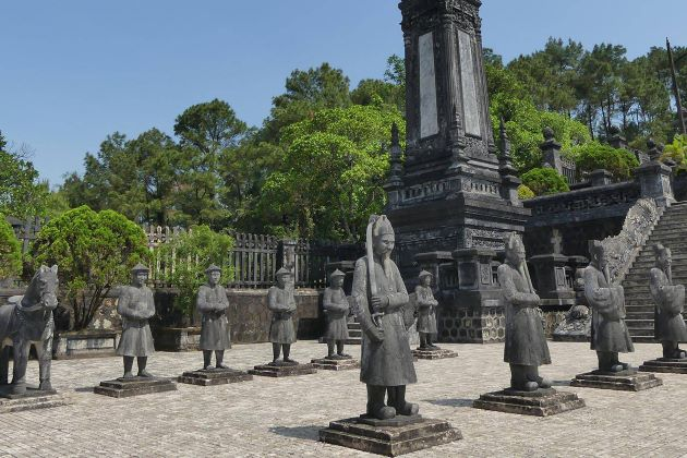 the guardians before khai dinh tomb