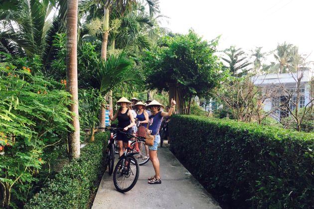 vietnam cycling tours mekong delta