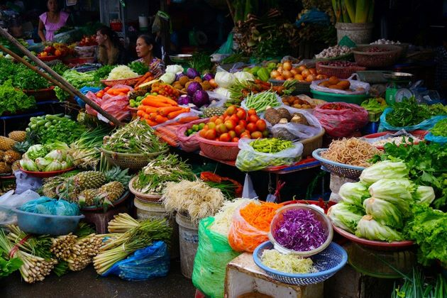 Fruit and vegetable vendors in Dong Ba Market