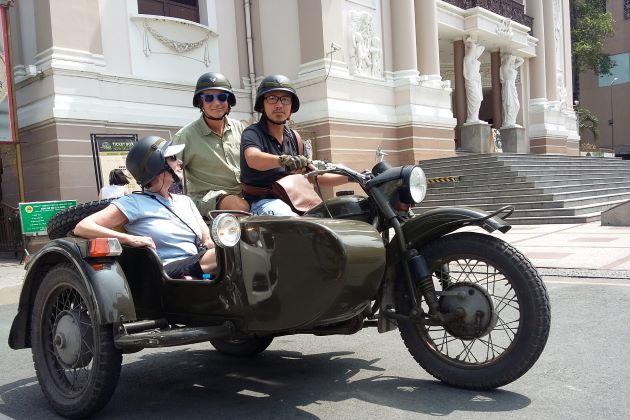 saigon city tour by sidecar