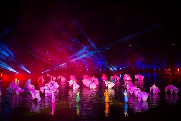 enjoy tonkin show in hanoi
