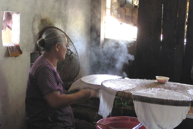 visit rice paper making house