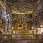 visit tomb of khai dinh emperor in hue