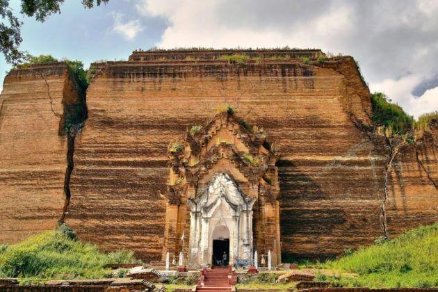 Mingun Pagoda in myanmar