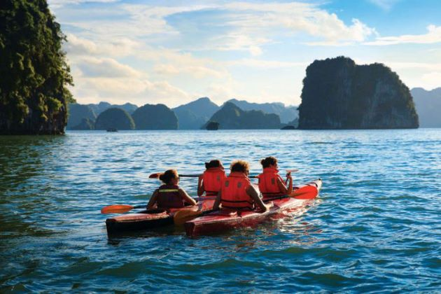 kayaking exploration in halong bay