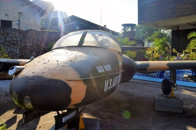 plane in saigon war remnant museum