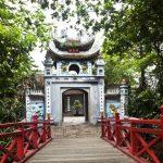 see thien mu pagoda in hue