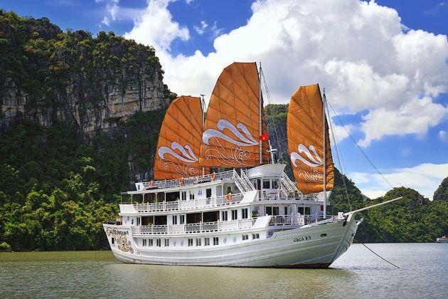the paradise cruise at halong bay