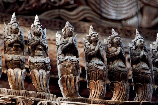 wood carving in mandalay